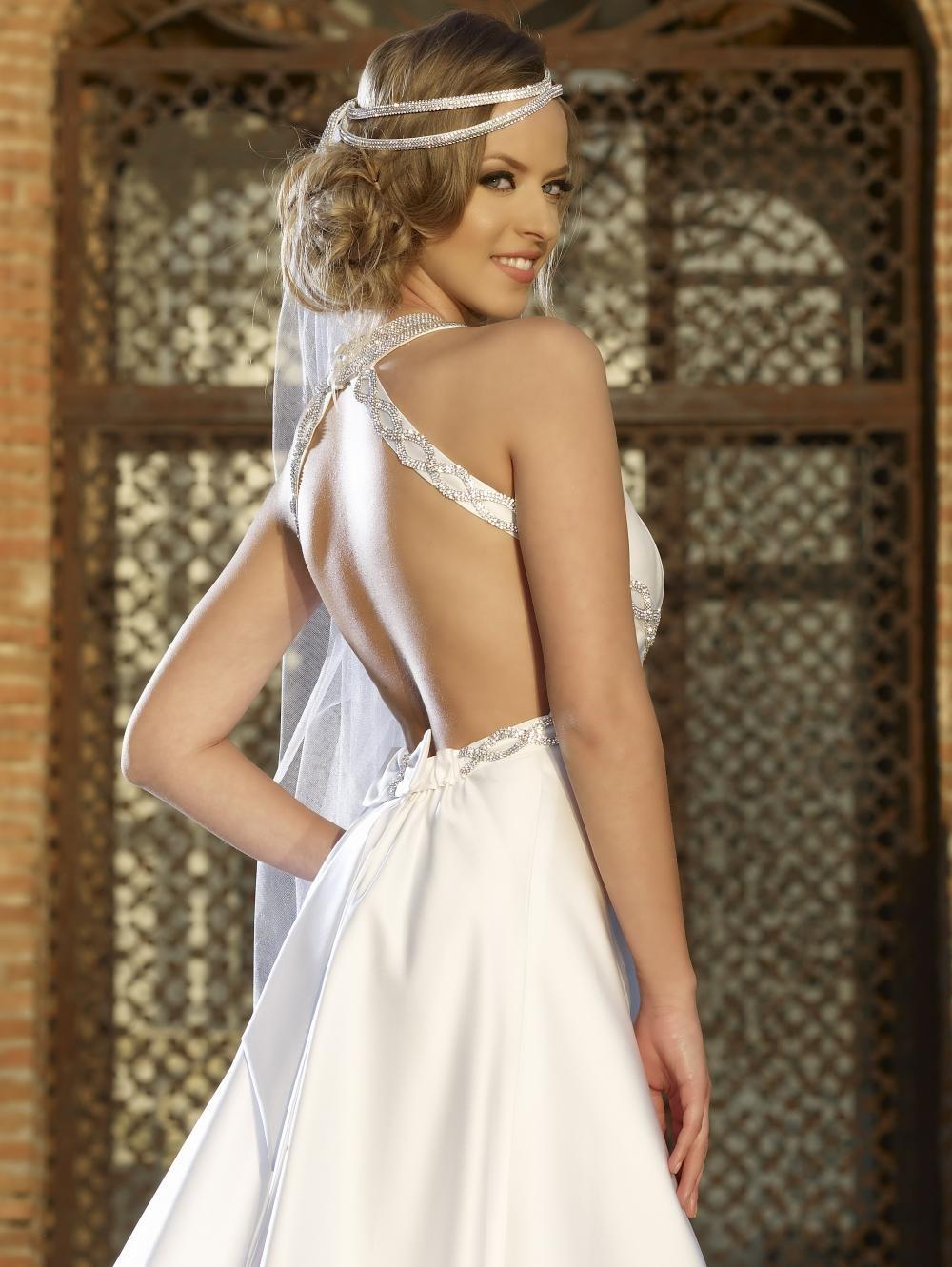 Rochie de mireasa cu spatele gol si cristale Swarovski - Charlize